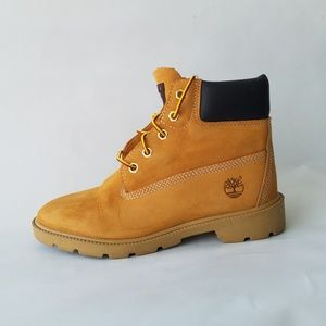 Timberland 6 Inch Classic Wheat Boots